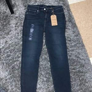 Brand new lucky brand jeans